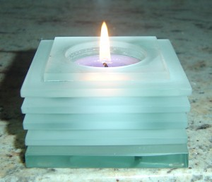 Louvre Tealight Lamp - Frosted